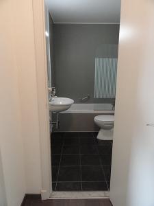 Studentenresidentie Mechelen Egmont - Badkamer met bad